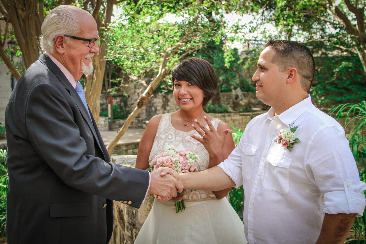 Request A Wedding Officiant I Free Phone Or In Person Consultation