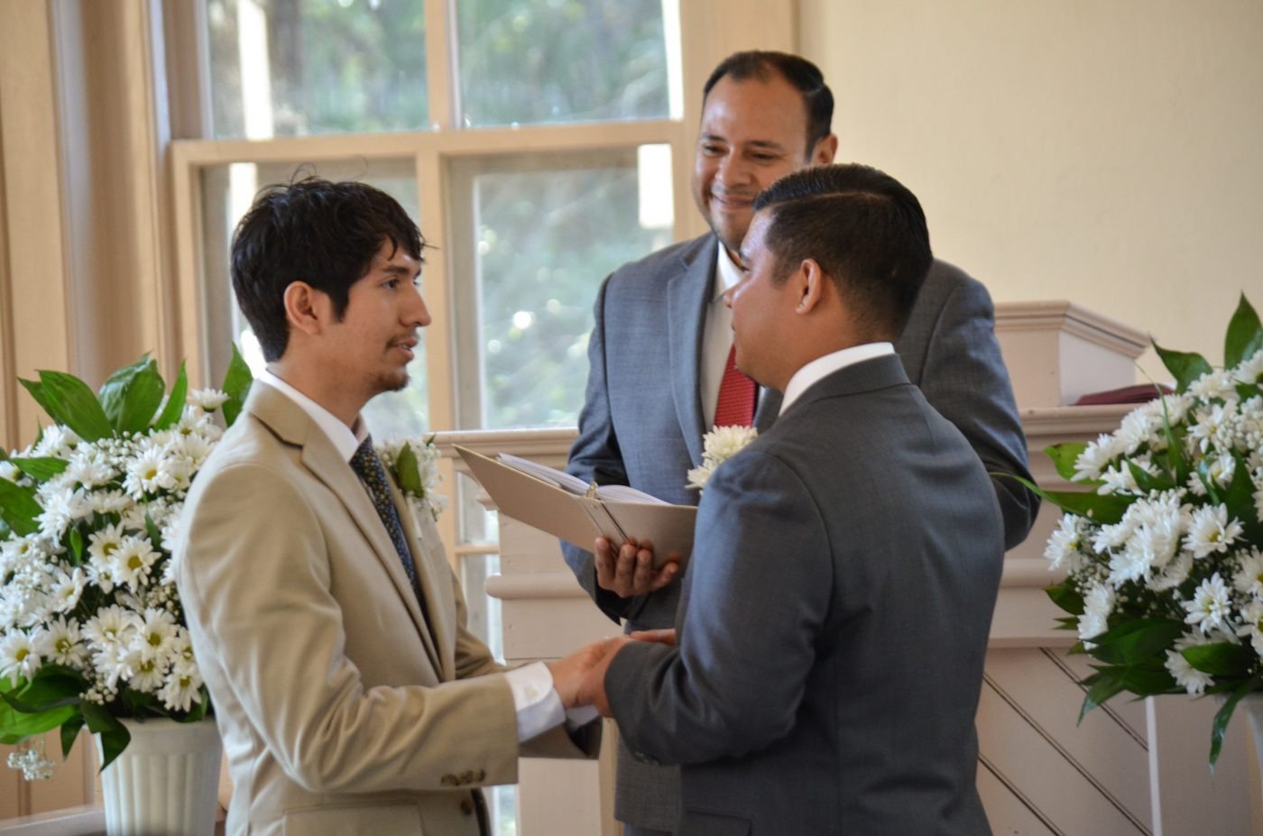 Secular Wedding Ceremony.About Texas Wedding Ministers Professional Wedding Officiants